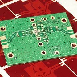 Placa de circuito impresso quanto custa